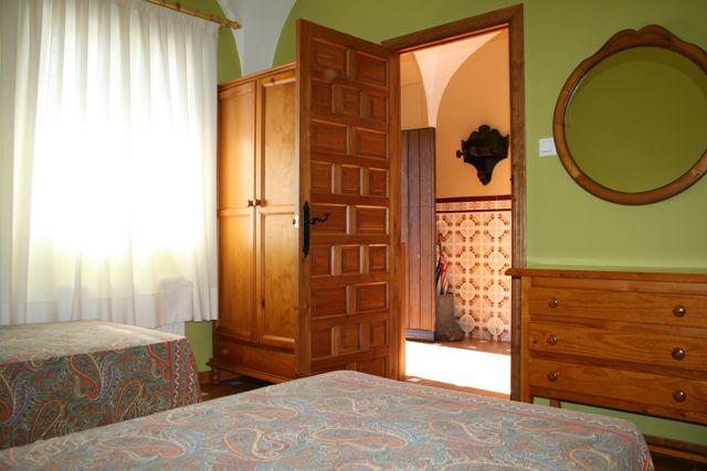 Comodidades en el coto. Dormitorio Casa de Francisquillo